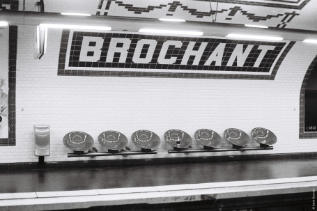 Brochant - Minolta SRT 100b Rokkor 50mm.