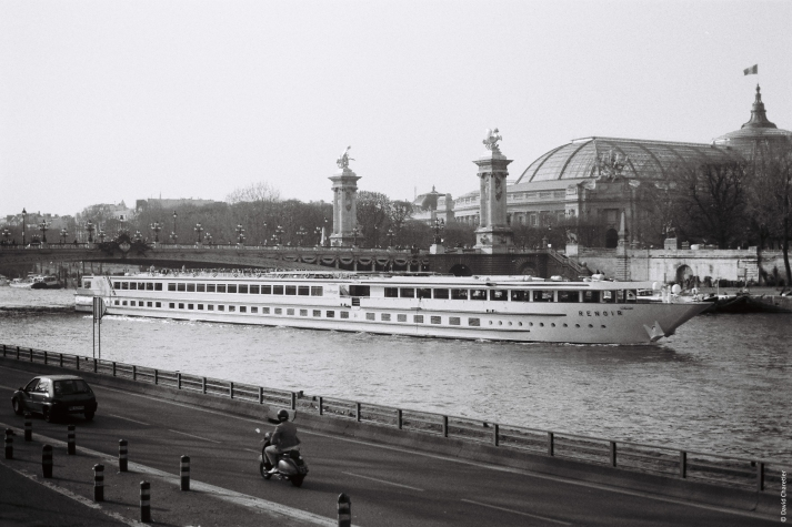 Quand Renoir est sur la Seine - Part I - Minolta SRT 100b Rokkor 50mm.